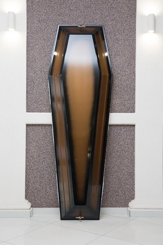 Гроб лаковый GL-1