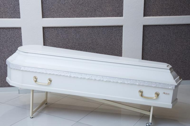 Гроб лаковый GL-10