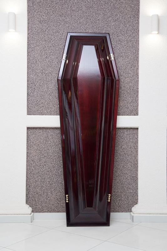 Гроб лаковый GL-2