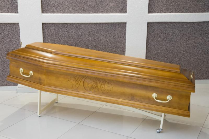Гроб лаковый GL-5