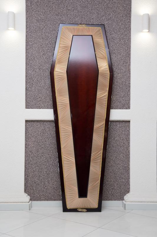 Гроб лак + драпировка золотистый GLD-8