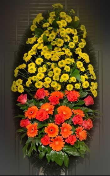 Венок из живых цветов 19