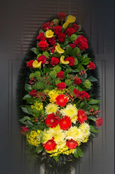 Венок из живых цветов 24