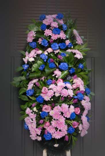 Венок из живых цветов 25